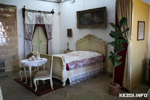 Békebeli otthonok