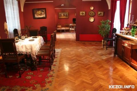 Békebeli Otthonok - Tarisznyás Márton Múzeum Gyergyószentmiklós  2012. október 25 - 2013. március 3. (fotó: Dimény Attila)